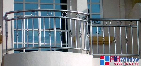 25 Mẫu Lan Can Inox, Cầu Thang Inox, Hàng Rào Inox Đẹp, Giá Rẻ